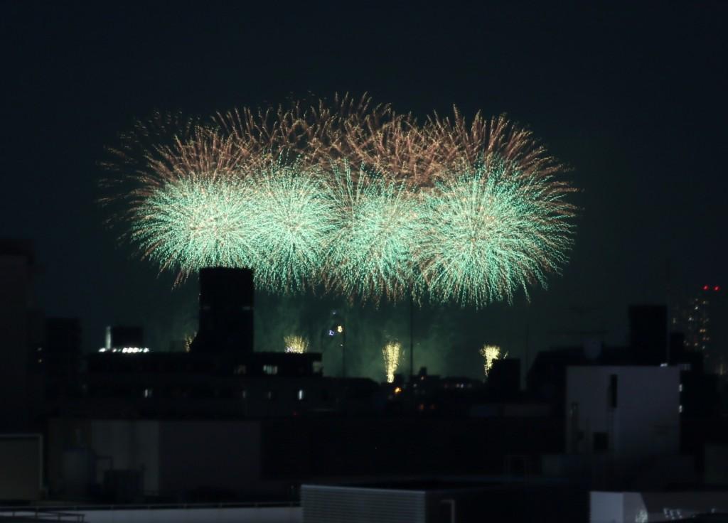 江戸川 花火 メガネ