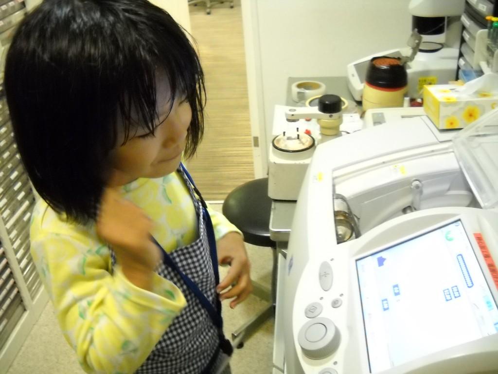 江戸川区 メガネ 子ども 女の子 キッザニア 職場体験 3