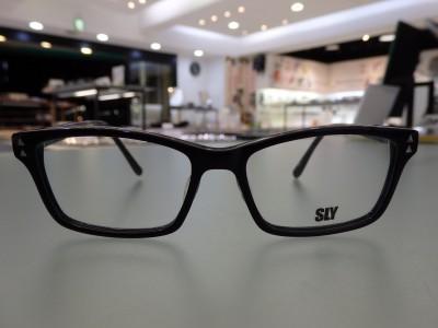 SLY 504 黒セル