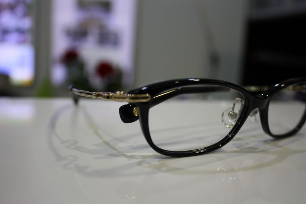 NPM-36 9001ブラック×ホワイトゴールド