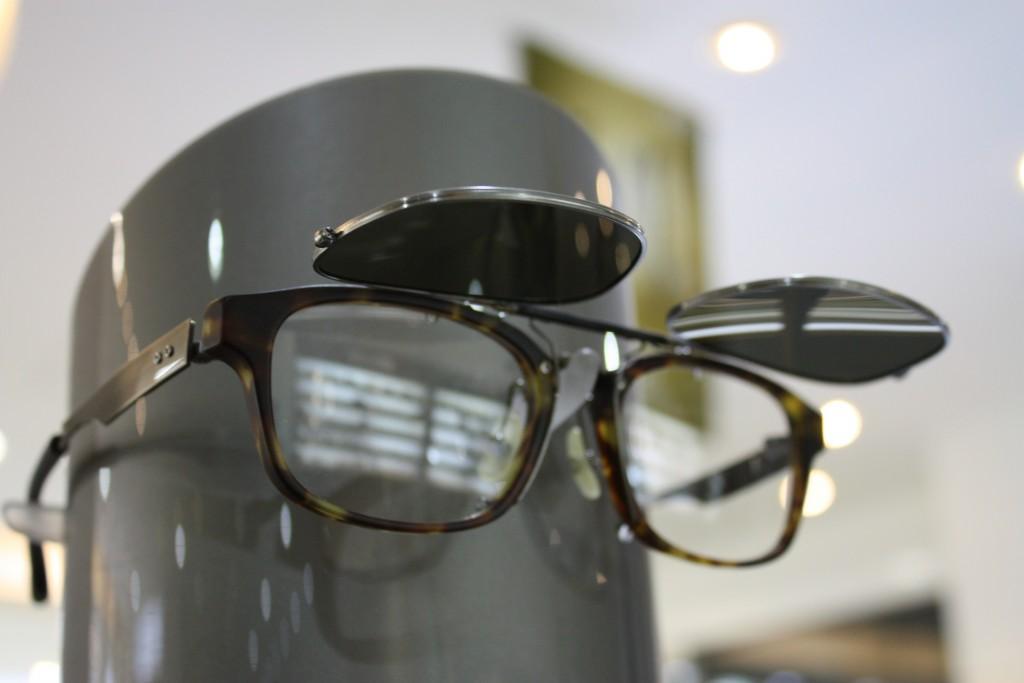 999.9 男のメガネ かっこいいメガネ センスのあるメガネ