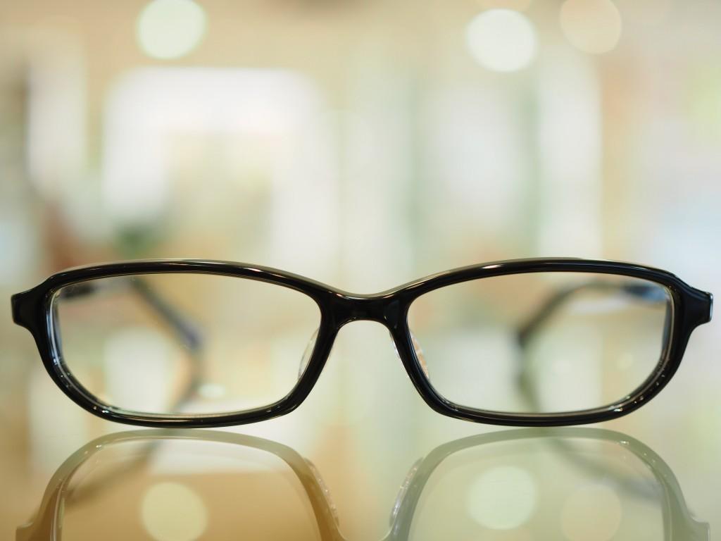 DJUAL デュアル セルロイド 東京都 江戸川区 船堀 2重に見える 斜視 両眼視 プリズム