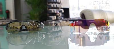 サバゲー サバイバルゲーム 東京 江戸川区 瑞江 スポーツサングラス シューティンググラス オークリー OAKLEY