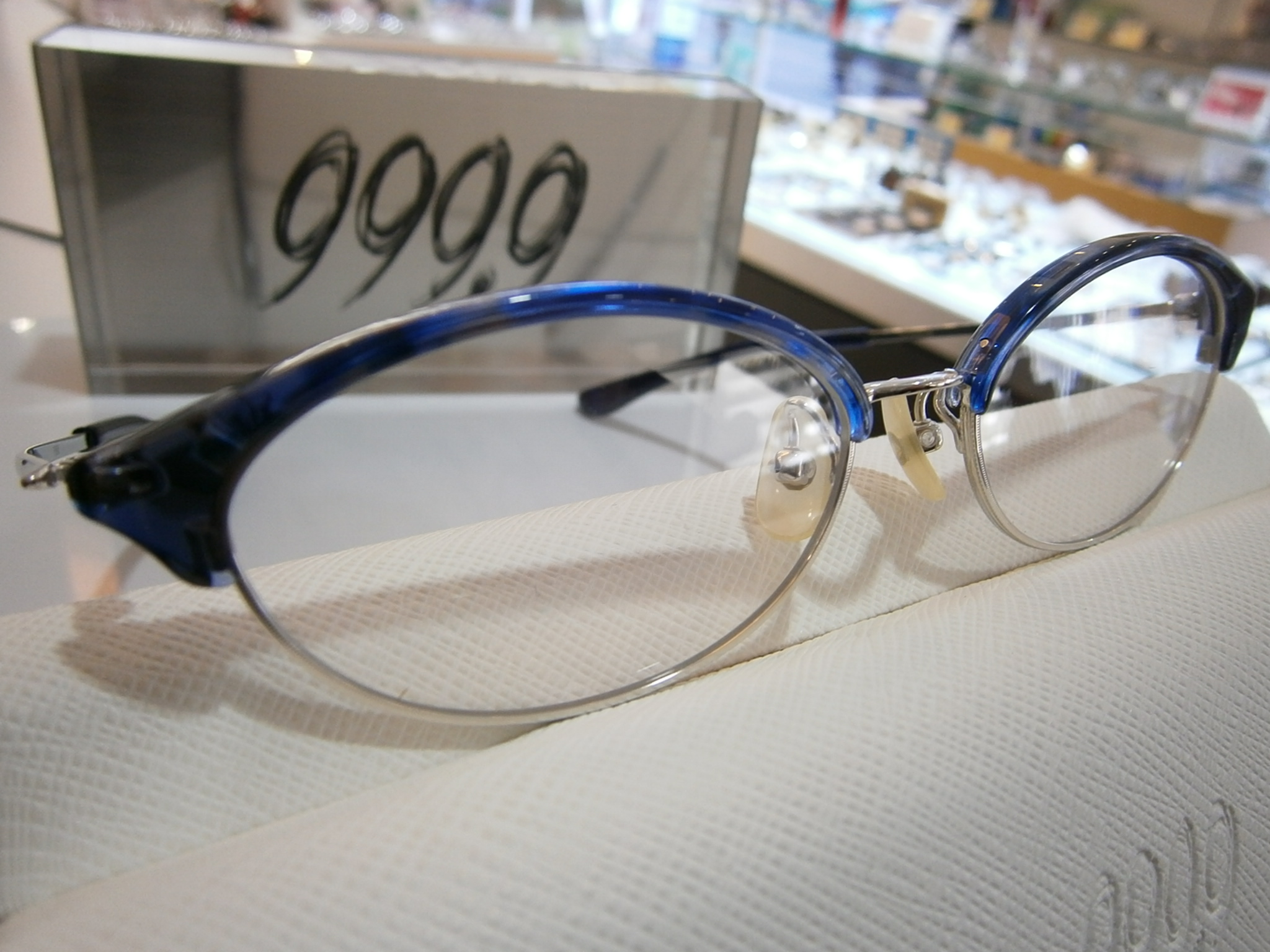 999.9 M-50 東京