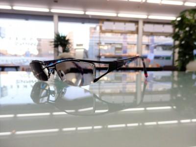 東京 都内 江戸川区 瑞江 色が変わるレンズ 調光レンズ スポーツサングラス