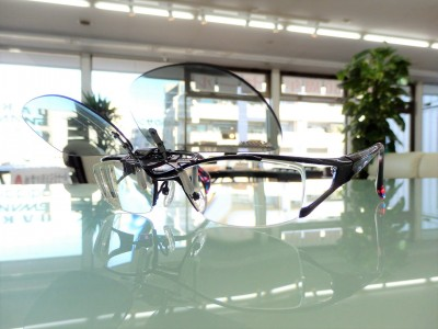 東京 都内 江戸川区 瑞江 スポーツサングラス クリップオンサングラス 上から付けれるサングラス 度付き 跳ね上げ