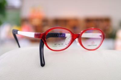 こども 子供 メガネ 弱視治療用眼鏡 トマトグラッシーズ グッドデザイン賞