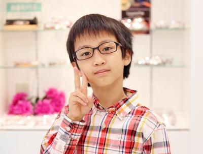 武蔵野市 メガネ 口コミ 評判 子供 小学生 中学生 クイートライトジュニア