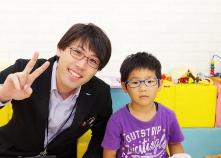 東京都内 専門店 子供眼鏡 こどもメガネ めがね 屈折異常弱視治療用眼鏡