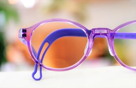東京都内 江戸川区 こどもメガネ 子供眼鏡 遠視性弱視治療用眼鏡 アイクラウドキッズ