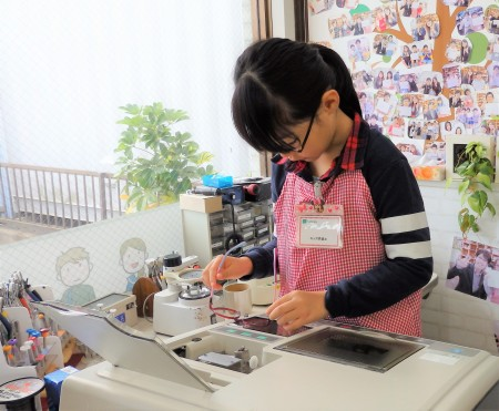 東京都内 こどもメガネ 眼鏡作り体験 専門店 クロックス メガネ女子