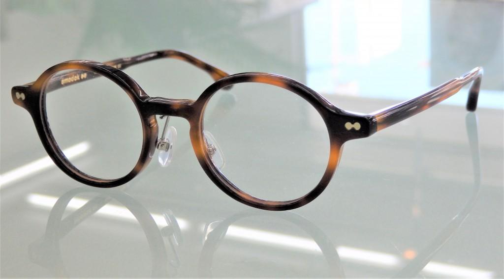こどもメガネ 子供メガネ 弱視治療用眼鏡 東京都江戸川区