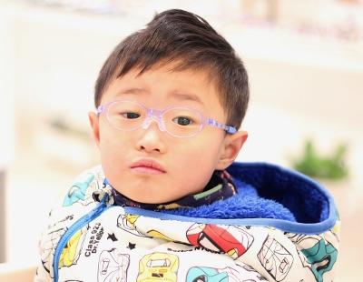 子供眼鏡 トマトグラッシーズ キッズ 武蔵野市 メガネ 小学生 中学生
