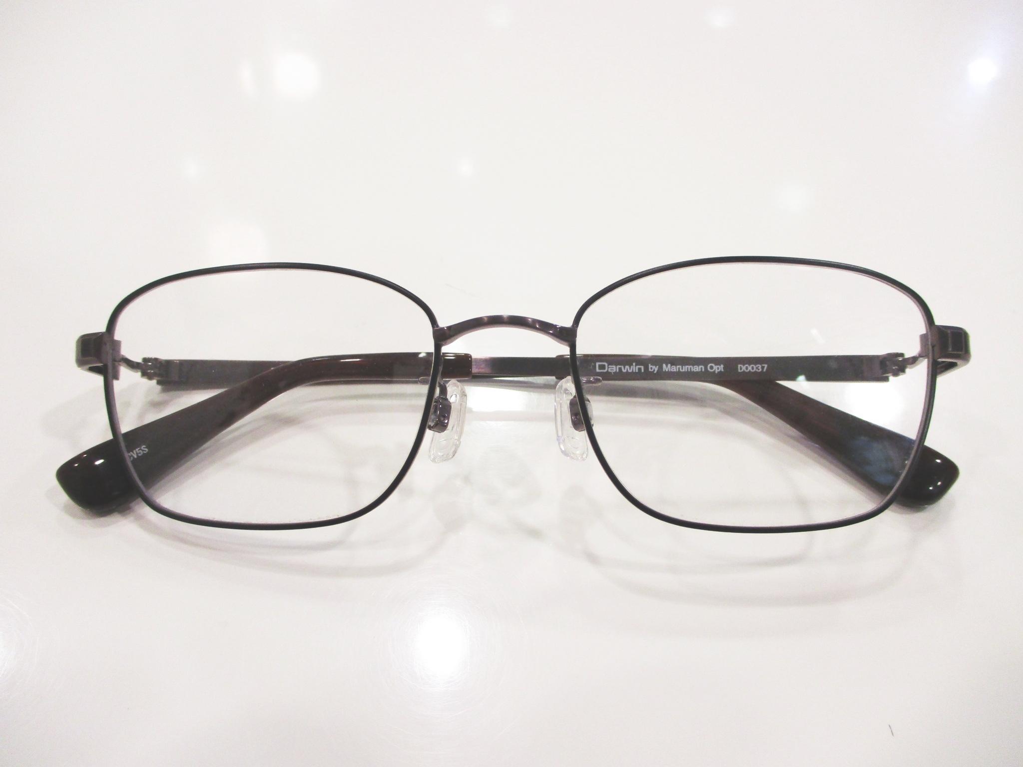 ダーウィン,D0037,東京都江戸川区船堀,おしゃれメガネ,丈夫なメガネ