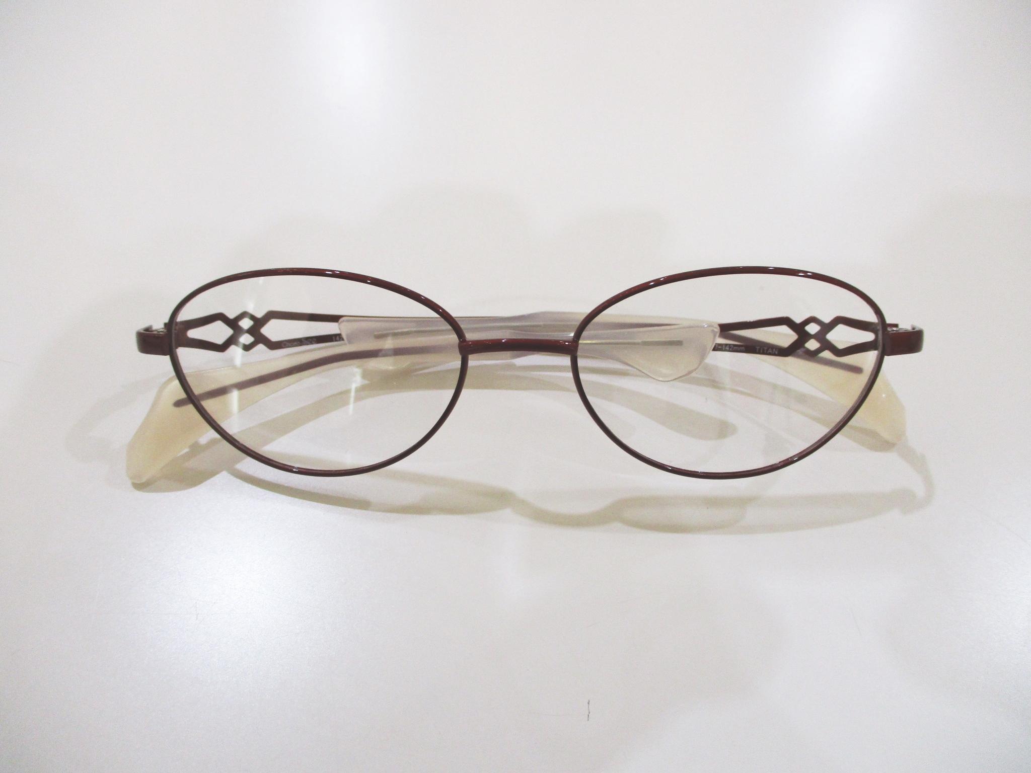 鼻パッドがないメガネ,ちょこシー,Choco See,FG24502,東京都江戸川区