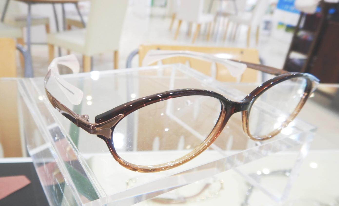 鼻に跡がつかないメガネ、ChocoSee、ちょこシー、認定眼鏡士、東京都江戸川区船堀、メガネ